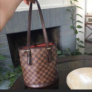 Louis Vuitton Marais Bucket Damier Ebene 27 Brown